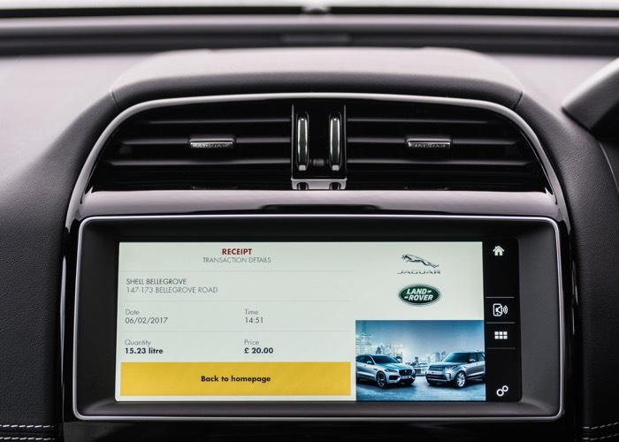 pago rápido desde el coche Jaguar